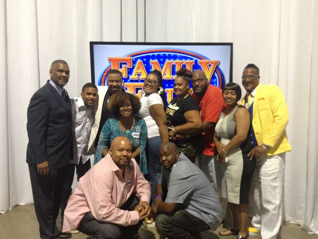 Neighborhood Awards Family Feud