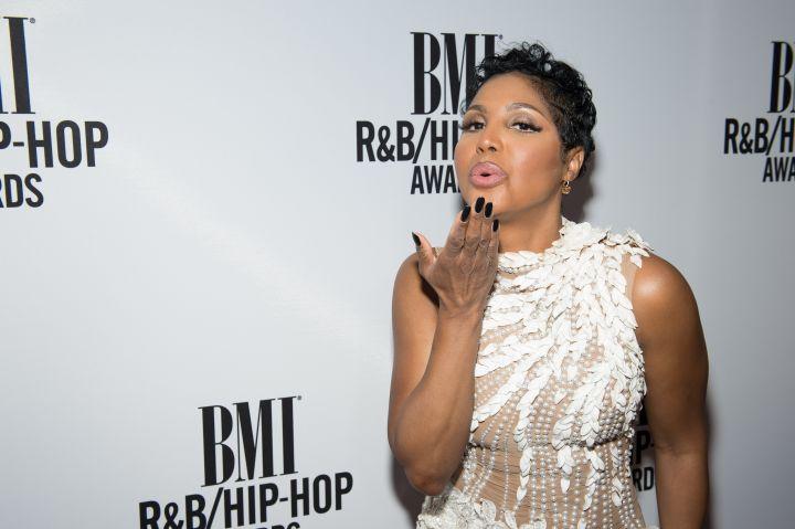 Toni Braxton Red Carpet at 2016 BMI R&B/Hip-Hop Awards