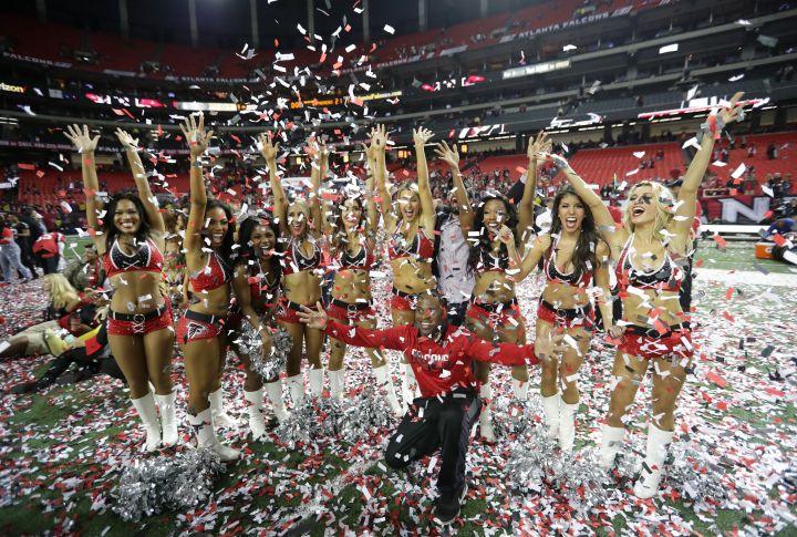 Atlanta Falcons Cheerleaders (2)