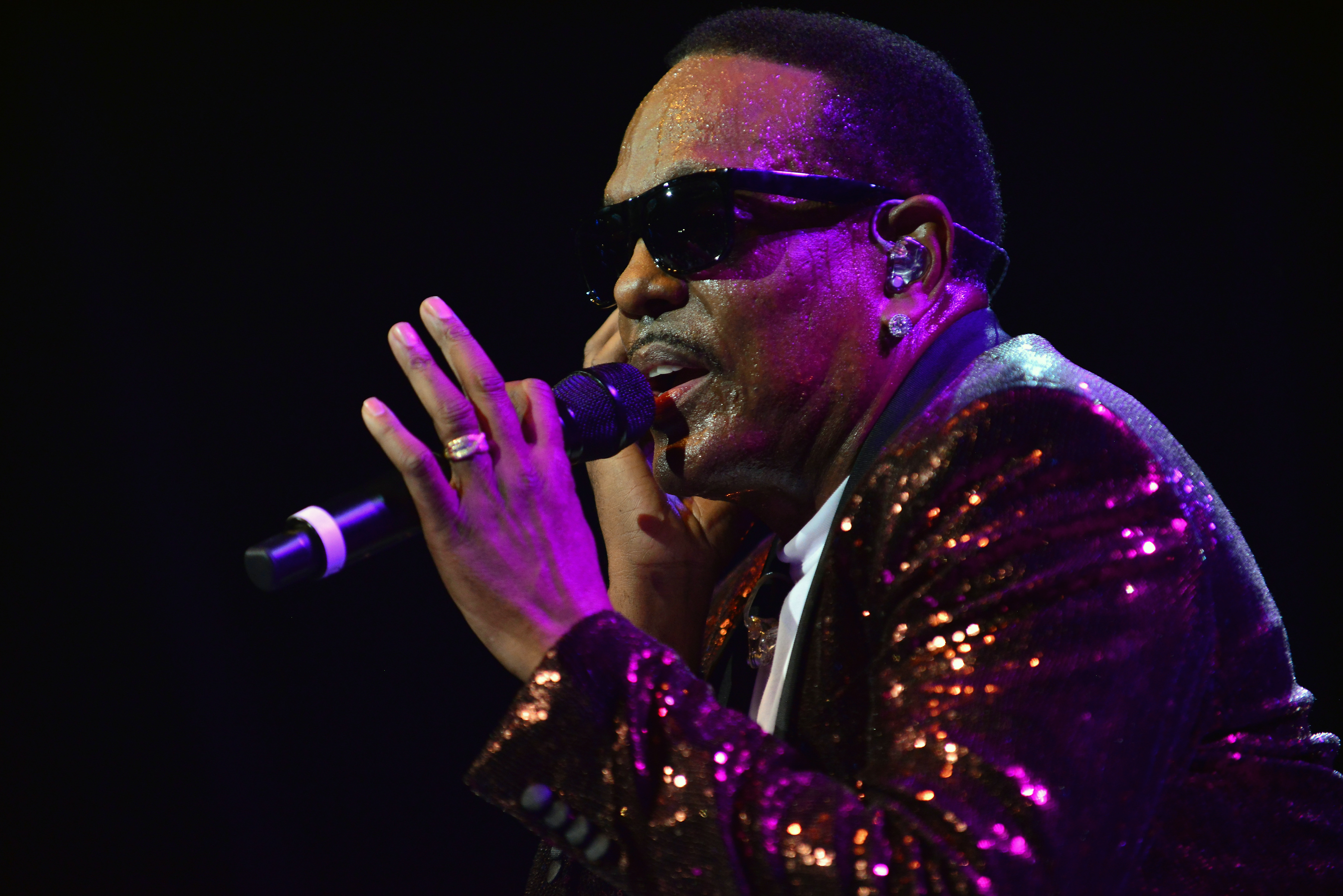 Charlie Wilson With Special Guest Fantasia